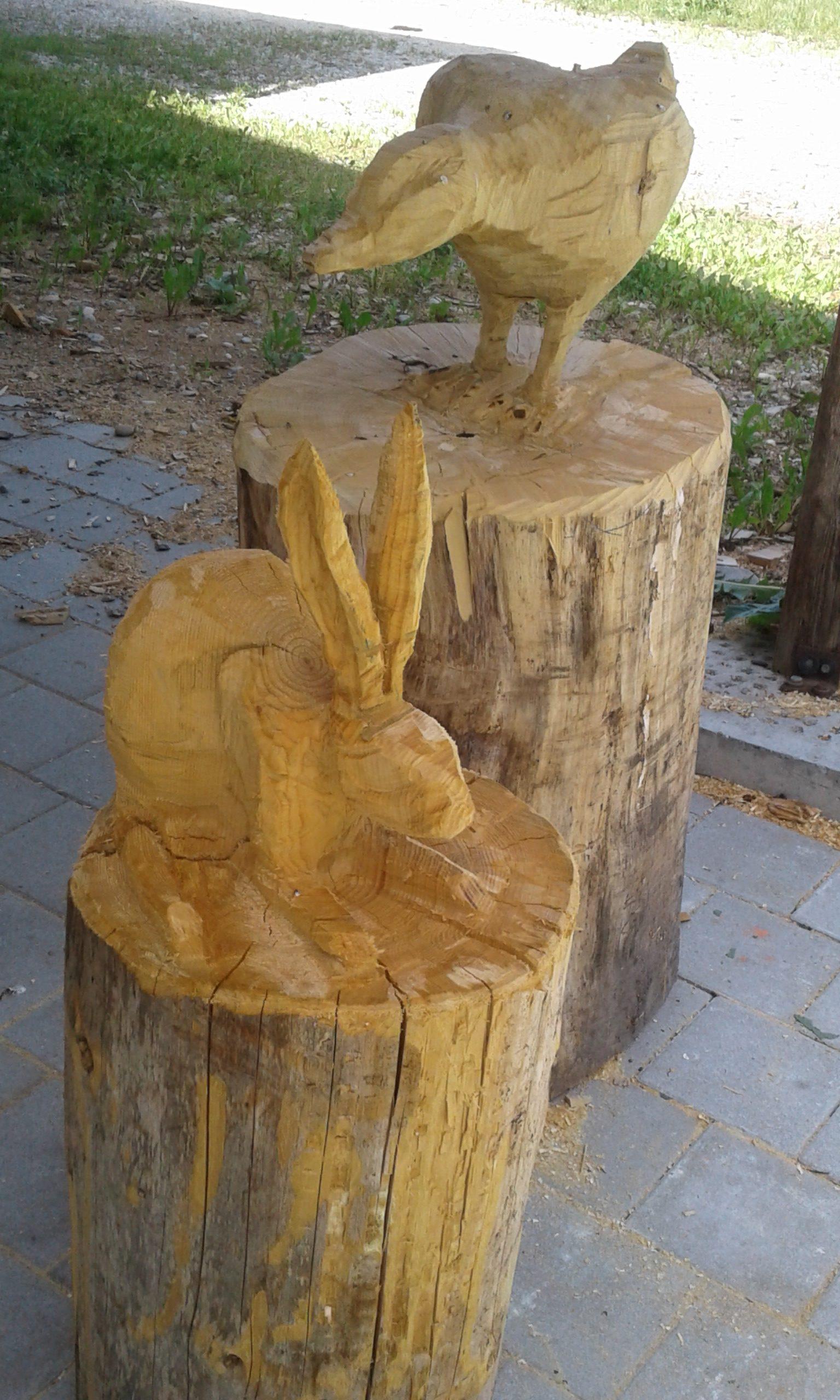 Holzskulptur Hase und Ente